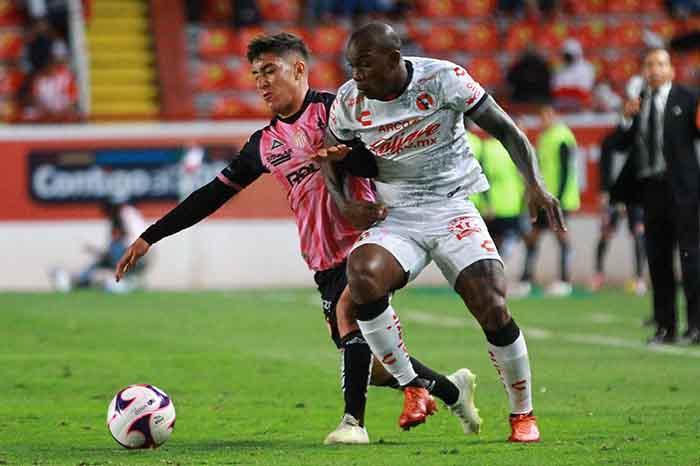 mceu 57152726941602903632246jpg 2020101622032 - Rayos gana en su cancha en el regreso del público en Liga MX